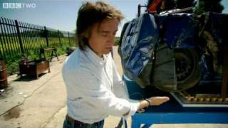 Richard Hammond: Strong Eggs Hold Car