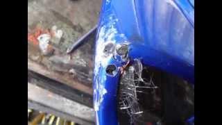 Reparar carenado de moto con fibra de vidrio