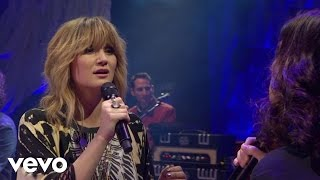 Video-Jennifer Nettles - His Hands (Live) ft. Brandy Clark