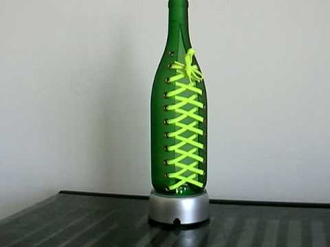 Glass bottles cutting art shoelace 1 youtube for How to cut glass bottles with string