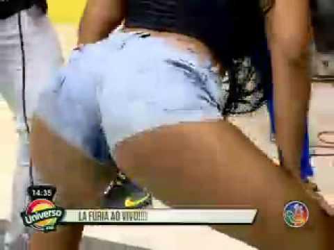 Banda La Furia - Pintinho Amarelinho [Nova] - Universo Axé - 28/02/14