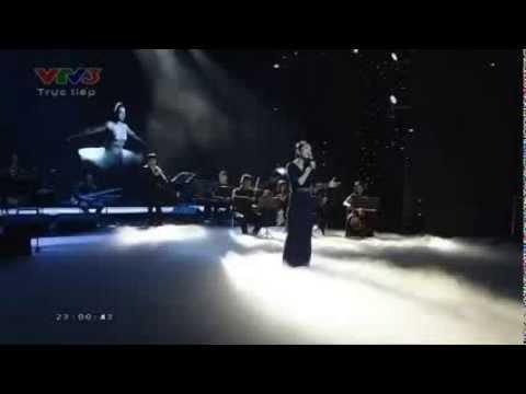 Khi Màu Nắng Tắt - Phạm Thu Hà - [Liveshow Bài Hát Yêu Thích Tháng 12/2013]