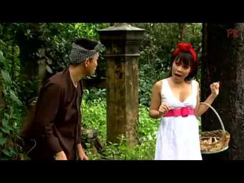 [Clip Hài] Cô Bé Cột Khăn Đỏ - Hoài Tâm ft Việt Hương