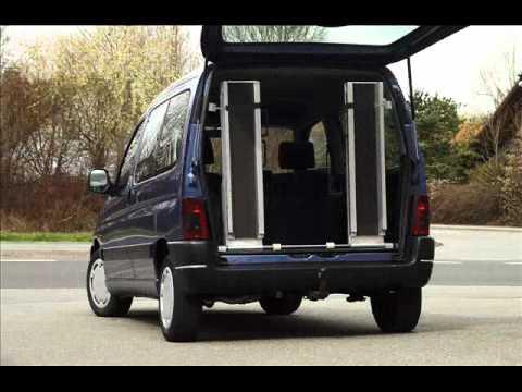 Rampes de chargement repliables pour fauteuils roulants for Chaise de voiture pour bb