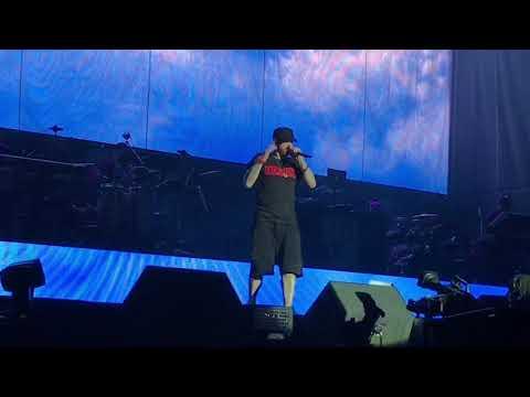 Eminem - Airplanes, Part II (Reading Festival 2017) ePro exclusive