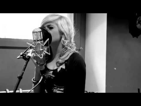 Pixie Lott - 'Use Somebody' ( Kings Of Leon Acoustic Cover)