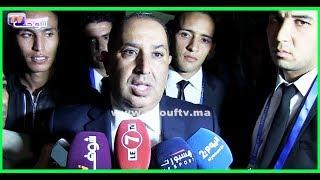 حسبان طالع ليه الدم..شوفو أشنو وقع لحظة إدلائه بتصريح للصحافة بعد تتويج الرجاء بكأس العرش. |
