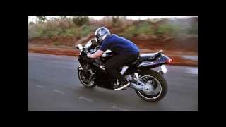 Dando Role De Hayabusa 1300R Cortando Giro Esticando