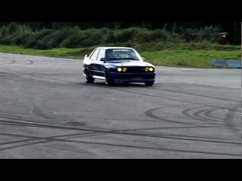 BMW M3 E30 с двигателем 2JZ-GTE 785 л.с.