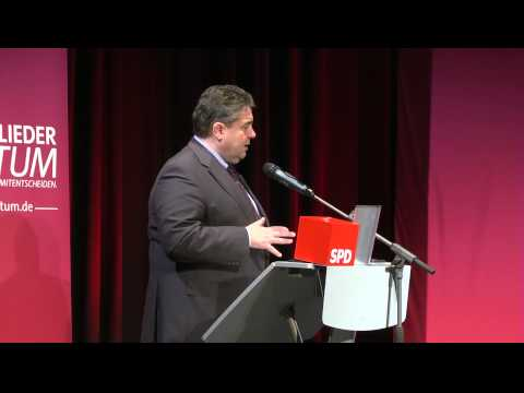 SPD-Regionalkonferenz zum Koalitionsvertrag mit Sigmar Gabriel (in Oldenburg)