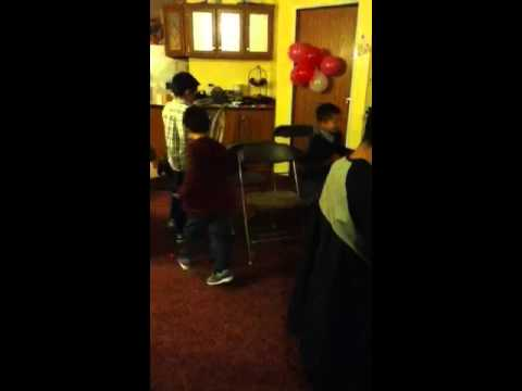 little kid cries loud