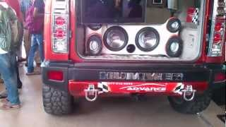 Hummer H2 (modified) (HD) videos