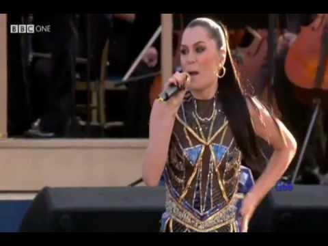 Jessie J ~ Domino (Diamond Jubilee Concert)