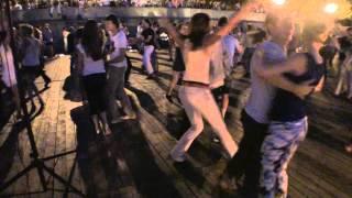 Танец на Опен-эире