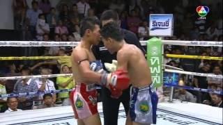 Muay Thai Boxing From Bangkok, Thailand 2014.03.02
