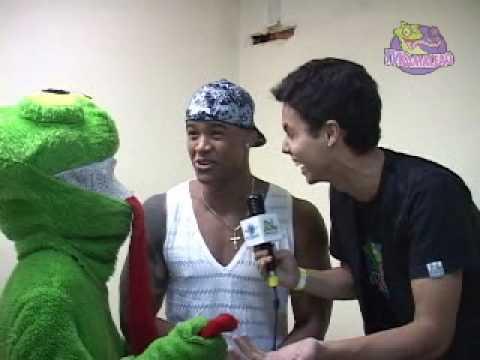 Entrevista com Léo Santana - Parangolé Rebolation em São Luís - TV Kamaleao