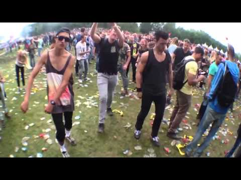 Dansje doen @ awakefest 2013! Version Payaso de rodeo