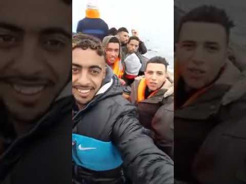 مهاجرون سريون في البحر