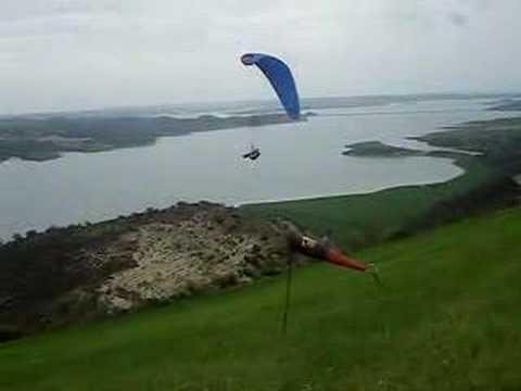 Maceraperest Doğa Sporları Okulu - Yamaç Paraşütü Eğitimi Videosu