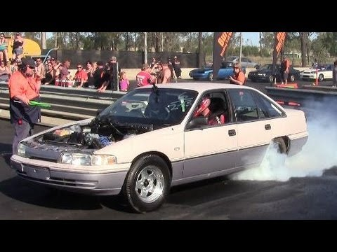 Burnout Comp Madaz VP Commodore Twin TB V6 21.9.2013