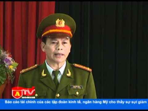 Thứ trưởng Bộ Công an chúc Tết Trung đoàn CSCĐ