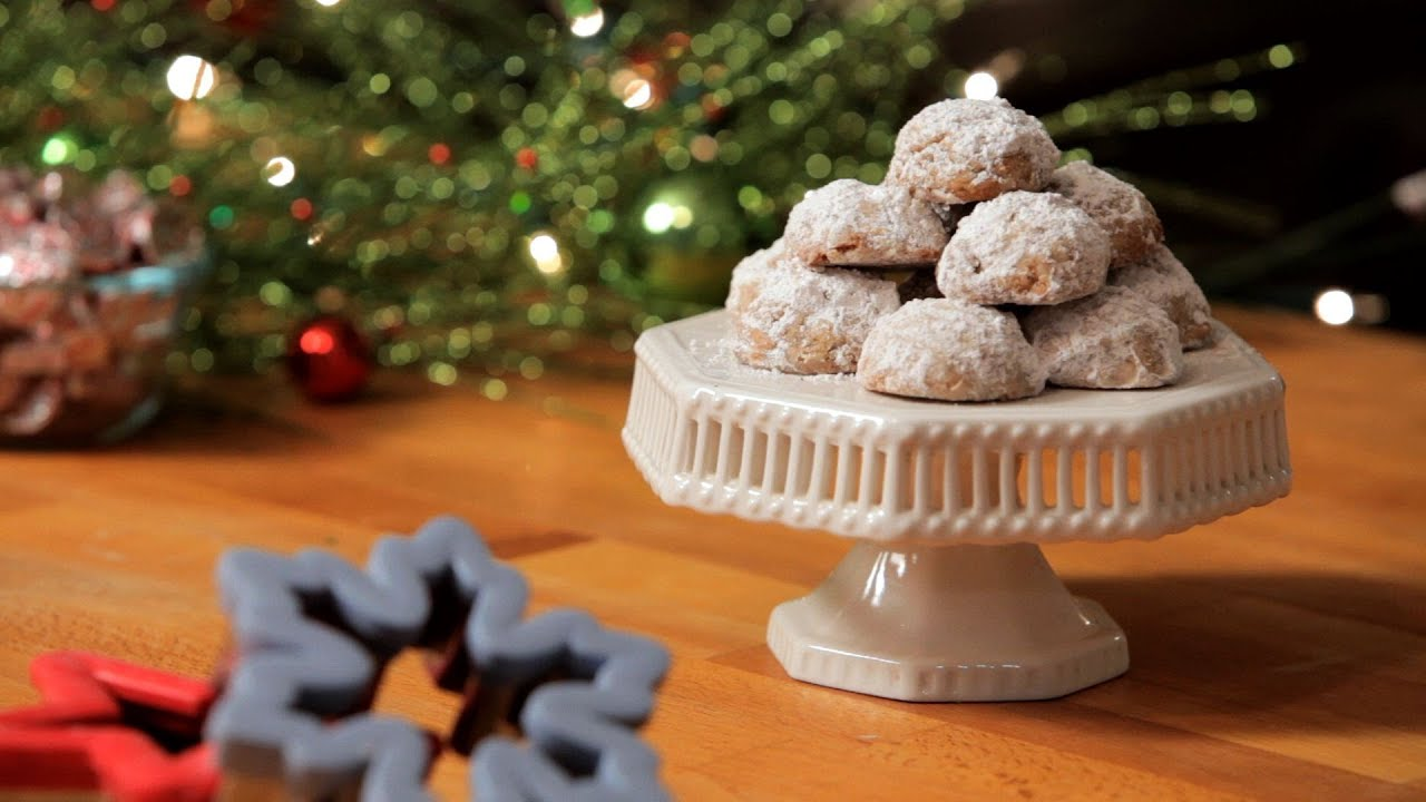 How to Make Russian Tea Cakes | Christmas Cookies - YouTube
