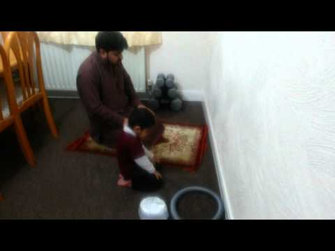 Ali Qadar Abbas Kazmi reading Namaz with baba...