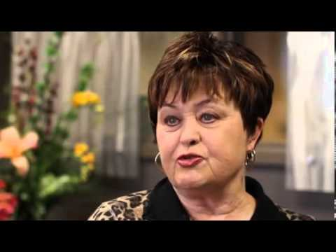 Robin R. shares her Laser Cataract Surgery experience with Kugler Vision.