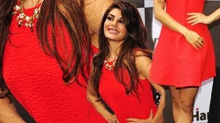 Hot Chilly Jacqueline Fernandez Sexy Apple Nip Visible
