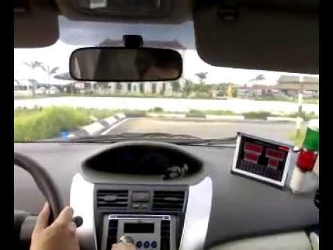 Sát hạch lái xe B2- Lái xe trong sa hình - 1