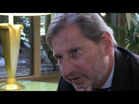 Hahn: Greece benefits from EU 'family' membership