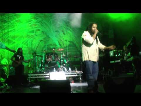 Stephen Marley performs Buju Banton verse Jah Army Jamaica 50 @ Indigo O2 London 2012