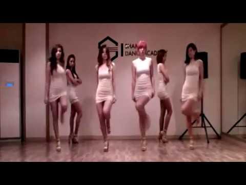 Vũ điệu sexy của kiều nữ Hàn Quốc