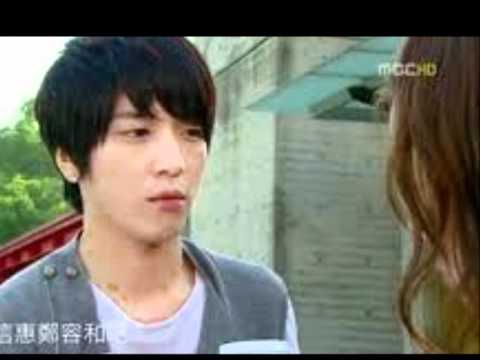 Jung Yong Hwa (CnBlue) - see my eyes..