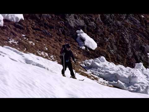Ascensión y descenso con esquís del Pouey Mourou