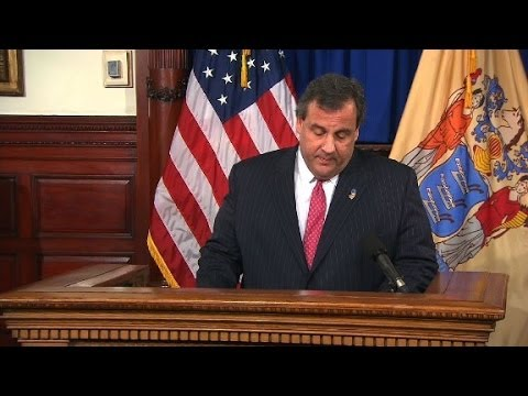 Chris Christie denies involvement in bridge scandal