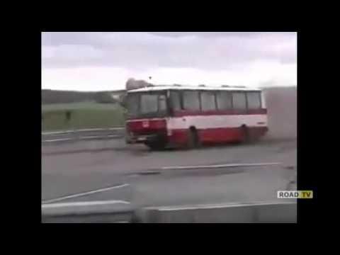 У этого автобуса отбойник не прошел краштест