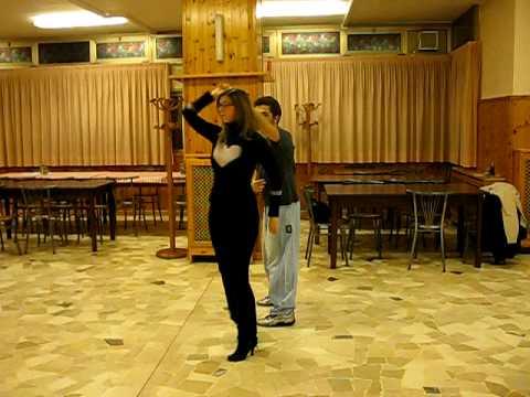 COSAMALA - Passi base di Salsa Cubana - Apro e giro dama