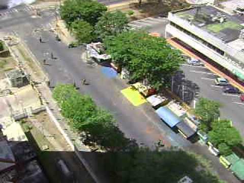 Entre residencias karuay y c.c. la churuata puerto ordaz 20/0272014
