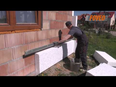 Foveo Tech - ocieplanie budynku, przyklejanie styropianu