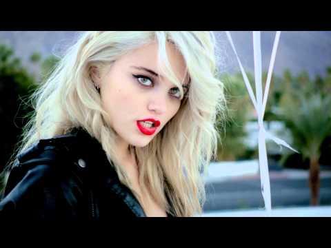 Sky Ferreira - in Forever 21's Desert Disco