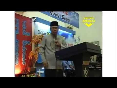 Kyai Happy Ceramah di Gereja BETHANY Indonesia Natal 2013