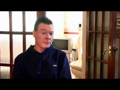 Spotting mouth cancer signs and symptoms early -- Mike's story -- Cancer Research UK
