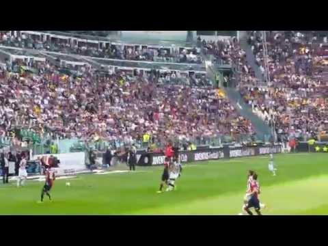 JUVENTUS 3-0 cagliari Festa Scudetto, Curva Sud: Cori per Antonio Conte nostro Capitano.mp4