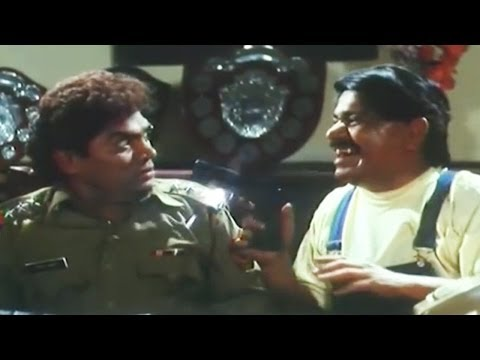 Johny lever at Gun Point - Laxmikant Berde Comedy Scene