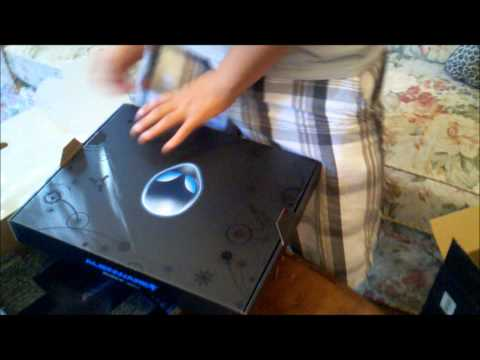 Alienware M14X unboxing and quick startup