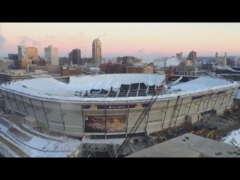 Stadium demolition: Explosives set off at Minnesota Vikings' Metrodome