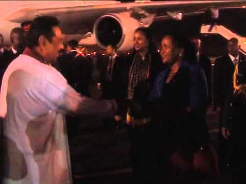 ARRIVAL OF MALAWI AND SRI LANKA PRESIDENTS  Amov 2