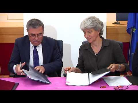بنك فلسطين يوقع اتفاقية مع الوكالة الفرنسية للتنمية لتمويل مشاريع خاصة بالطاقة البديلة في المناطق النائية