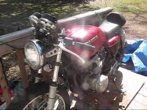 Hình ảnh trong video How to buy an old motorcycle 1/3